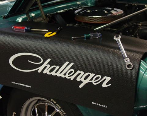 Fender Gripper® Cover, Black with Challenger Script