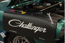 Fender Gripper® Cover, Black with Challenger Script